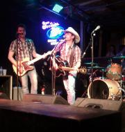 honky tonk music at Tootsie's in Nashville